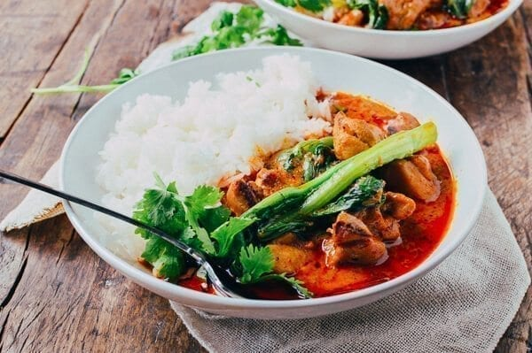 Red curry chicken with white rice