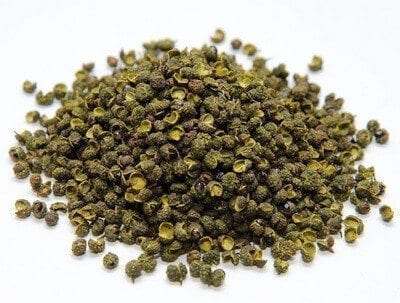 green-sichuan-peppercorn-loose