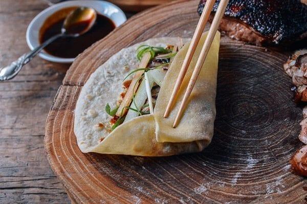 How to eat Peking Duck, by thewoksoflife.com
