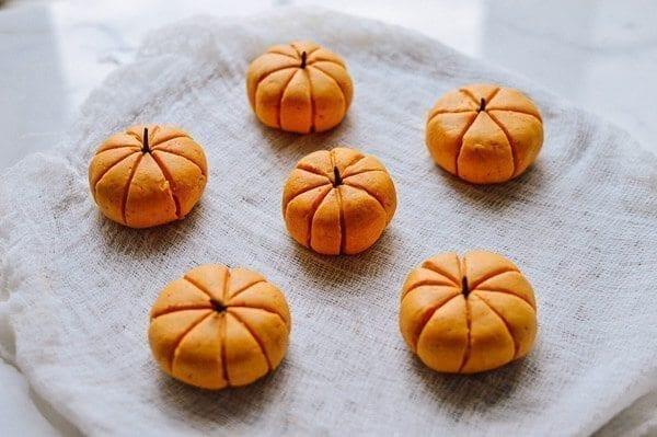 Pumpkin Mochi with Pumpkin Filling, by thewoksoflife.com