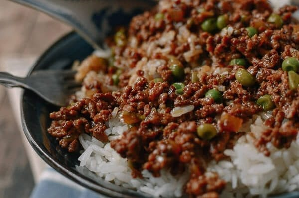 Cantonese Beef Rice Bowls, by thewoksoflife.com