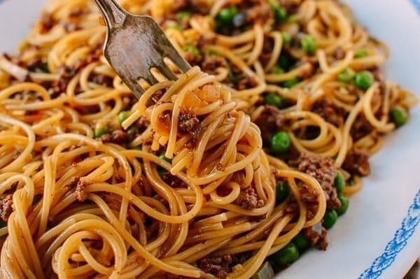 Chinese Spaghetti Bolognese - A Fusion Recipe - The Woks ...
