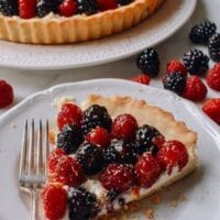 Fresh Berry Tart with Sweet Mascarpone Filling