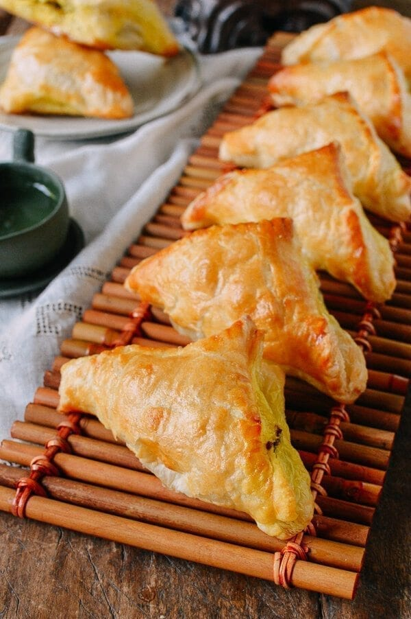 Chinese Curry Puffs With Beef The Woks Of Life