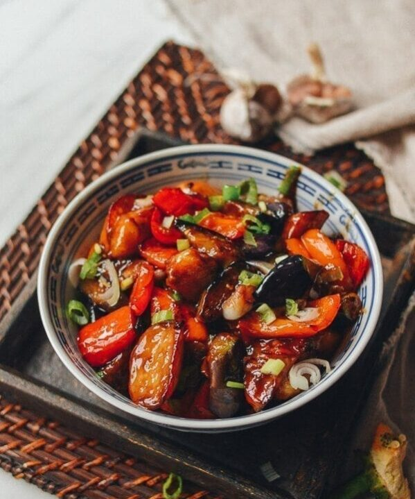 Di San Xian (Eggplant, Potato & Pepper Stir-fry), by thewoksoflife.com