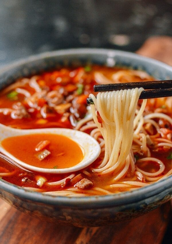 Shanghai Hot Sauce Noodles Lajiang Mian The Woks Of Life