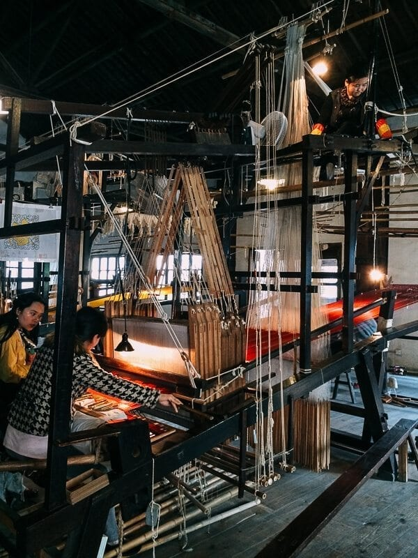 Wuzhen Silk Workshop, by thewoksoflife.com