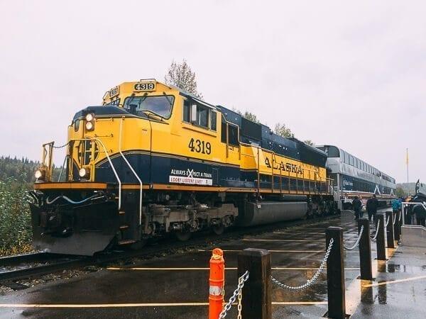 Talkeetna train