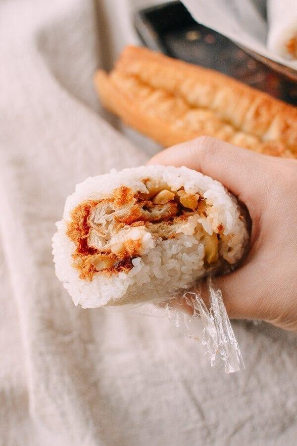 Shanghai Breakfast Rice Rolls (Ci Fan 粢饭), by thewoksoflife.com