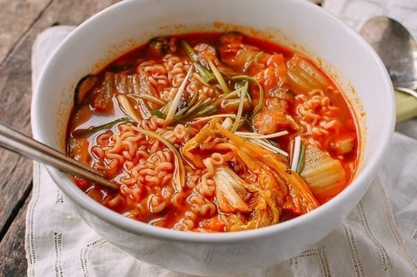 how to make kimchi soup with egg