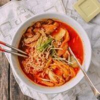 Quick and Easy Kimchi Ramen