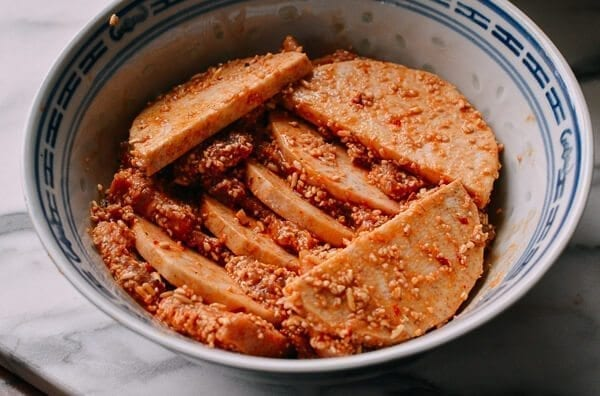 Steamed Pork with Rice Powder, by thewoksoflife.com