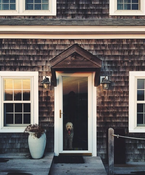 cape cod house-barley