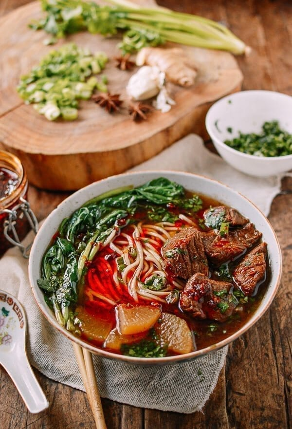 25 Last minute meals - Braised Beef Noodle Soup, by thewoksoflife.com