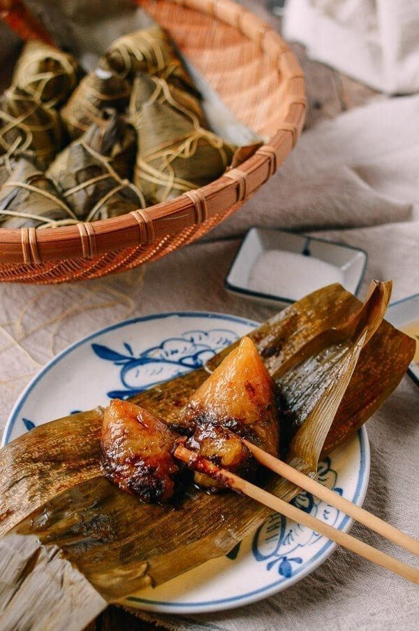 Jianshui Zong (Alkaline Rice Dumplings - 碱水粽), by thewoksoflife.com