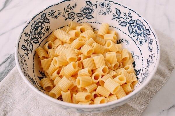 Basil Mint Pesto Pasta, by thewoksoflife.com