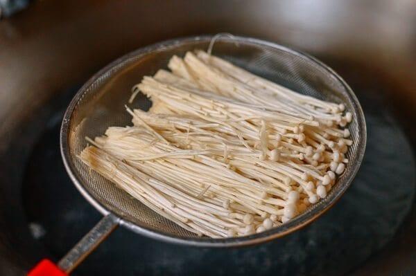 Enoki Mushrooms with Garlic & Scallion Sauce, by thewoksoflife.com