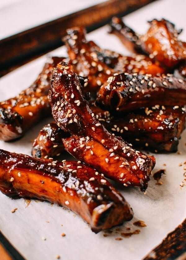 Honey Glazed Ribs, by thewoksoflife.com