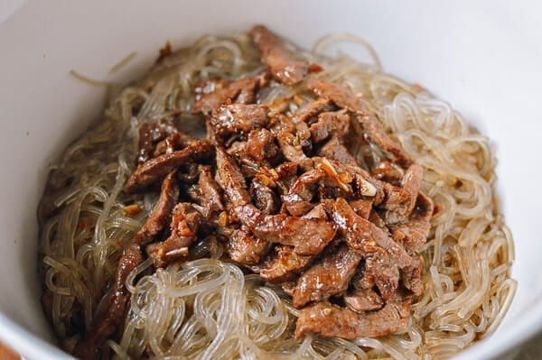 sweet potato noodles with beef, thewoksoflife.com