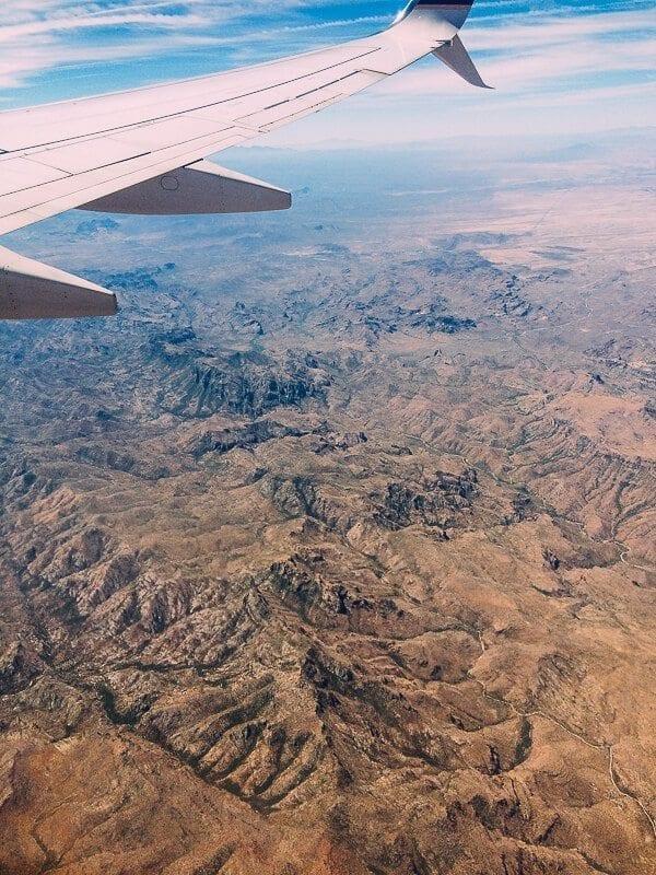 Flying over Arizona, by thewoksoflife.com