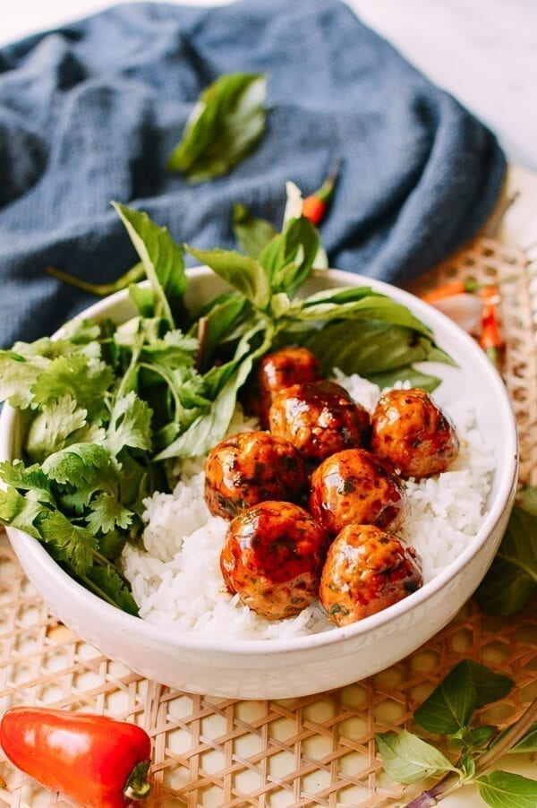 Spicy Asian Meatballs, by thewoksoflife.com