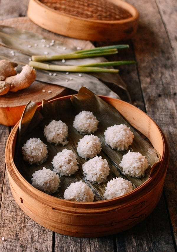 Chinese Pearl Meatballs with Sticky Rice (珍珠丸子)