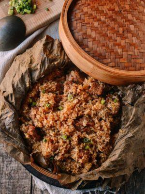 Steamed Ribs with Glutinous Rice (糯米蒸排骨), by thewoksoflife.com