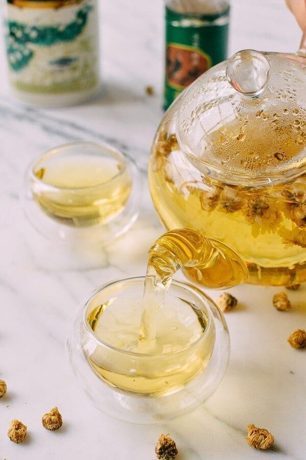 Chrysanthemum Tea Benefits (and How to Make It) | The Woks