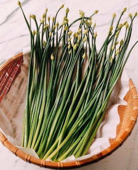 garlic Chinese stems, by thewoksoflife.com
