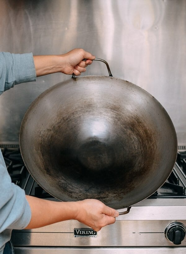 What is the best wok to buy? by thewoksoflife.com