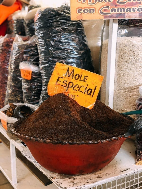 Mole Especial