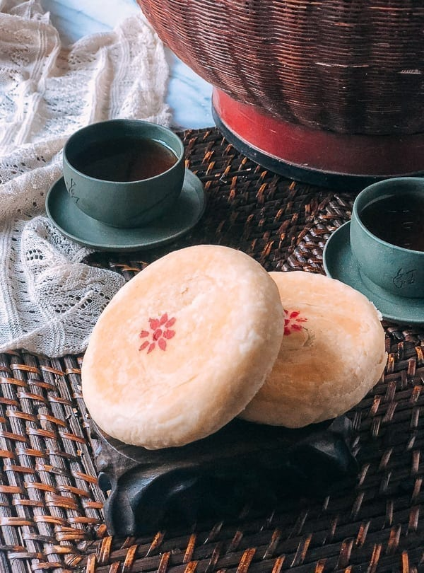 Red Bean Mooncakes (苏式月饼)