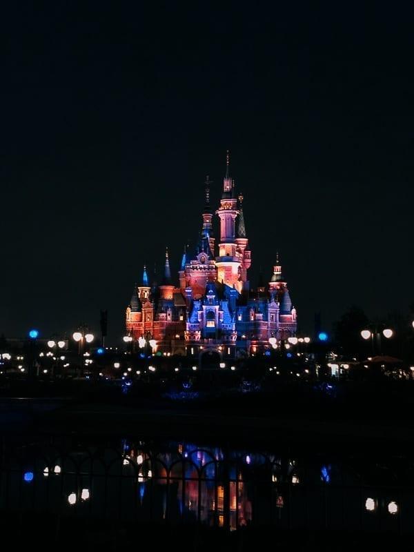 Shanghai Disneyland Resort by thewoksoflife.com