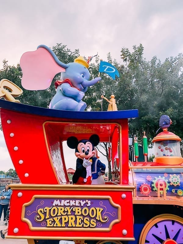 Shanghai Disneyland attractions - Mickey Mouse by thewoksoflife.com