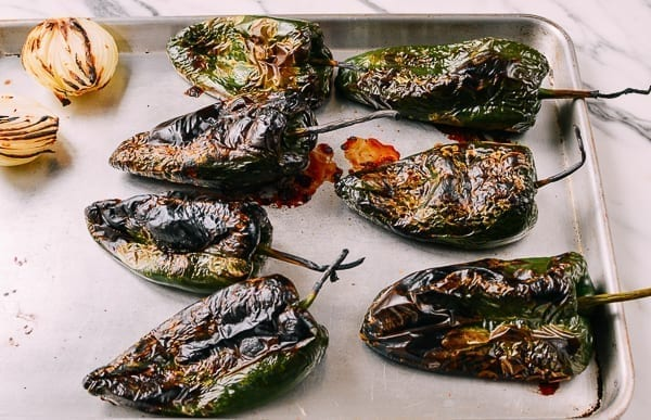 Broiled Poblano Peppers for Chiles Rellenos, thewoksoflife.com