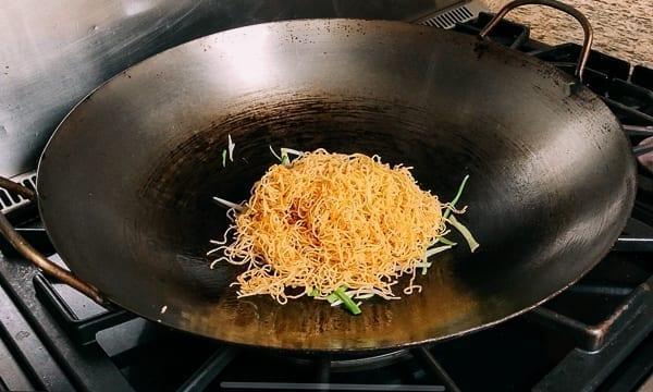 Fried Noodles and Scallions, thewoksoflife.com
