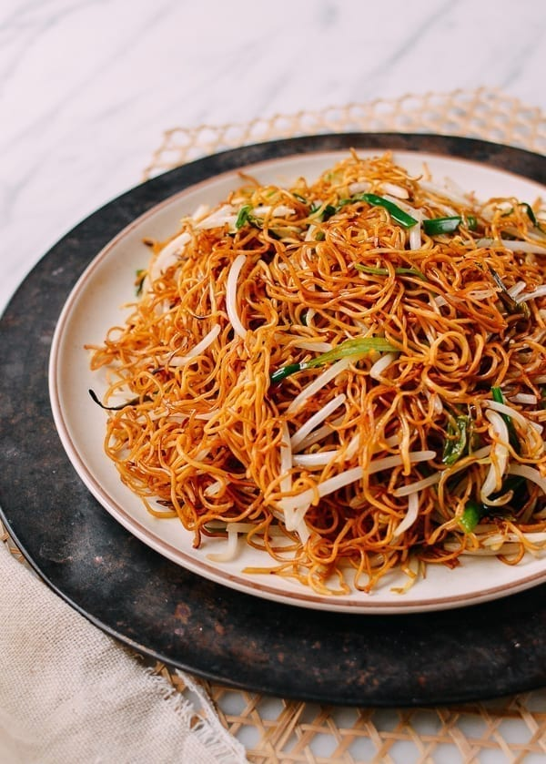 Cantonese Soy Sauce Pan Fried Noodles The Woks Of Life