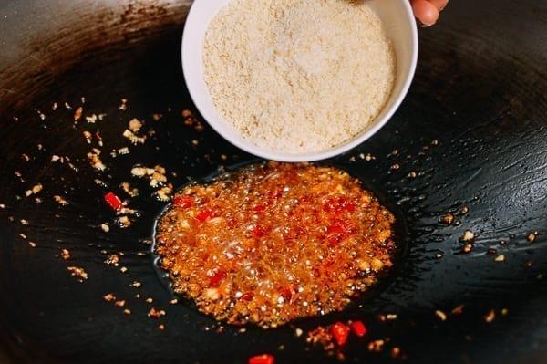 Adding panko breadcrumbs to typhoon to oil, thewoksoflife.com