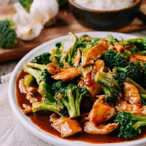 Chicken And Broccoli With Brown Sauce The Woks Of Life