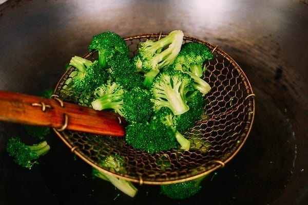 Blanching Broccoli, thewoksoflife.com