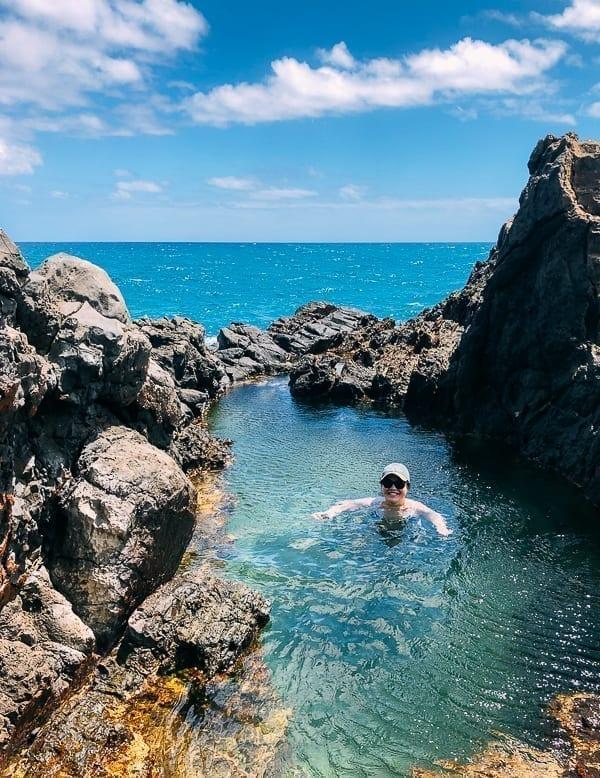Queen's Bath on Moku Nui, thewoksoflife.com