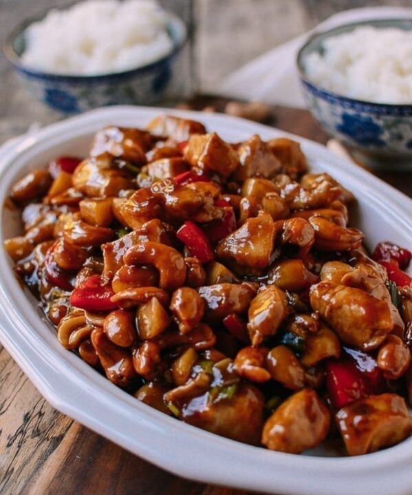 Chicken with Cashew Nuts, thewoksoflife.com