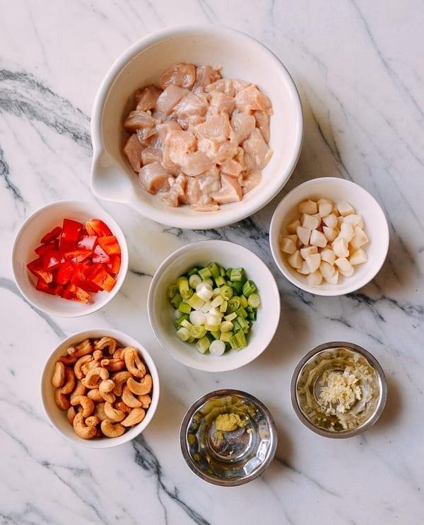 Cashew chicken ingredients, thewoksoflife.com