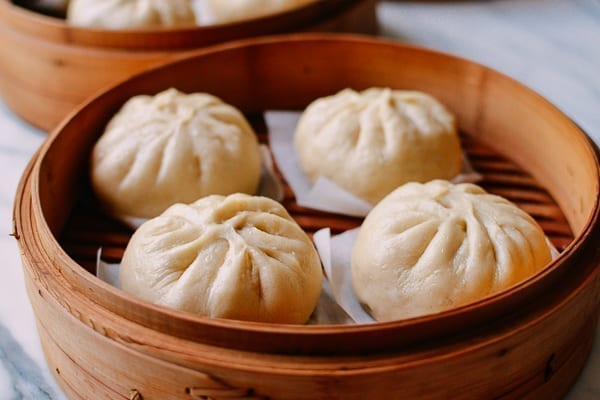 Steamed baozi, thewoksoflife.com