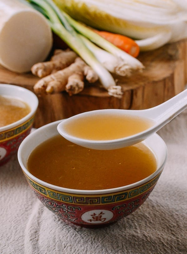 Spoonful of Chinese vegetable stock, thewoksoflife.com