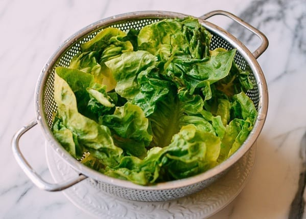 Washed green leaf lettuce, thewoksoflife.com