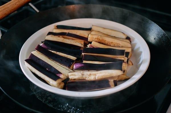 Steaming eggplant, thewoksoflfie.com