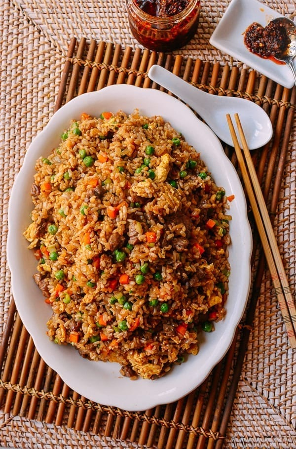 Fried Brown Rice with Beef, thewoksoflife.com