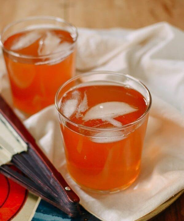 Chinese Hawthorn Iced Tea, thewoksoflife.com