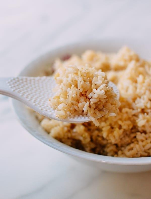 Scoop of brown rice, thewoksoflife.com